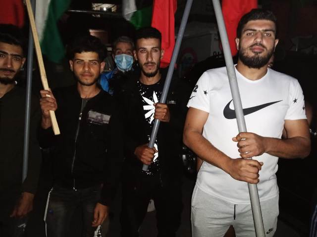 مخيمات لبنان تنتفض نصرة للمسجد الأقصى المبارك