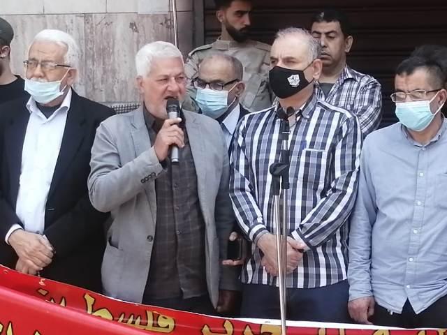 أبو علي حمدان: الأسرى في المعتقلات الصهيونية يواجهون الجلاد بإرادة فولاذية وصمود أسطوري