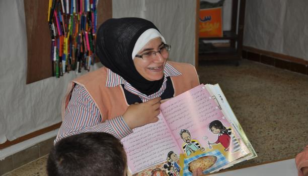 هبة عبد الحكيم التي تعشق الأطفال