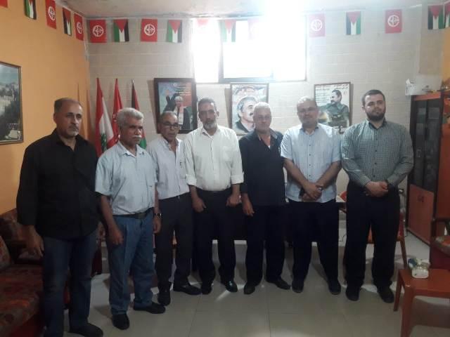 وفد من حركة حماس يزور الشعبية في صيدا