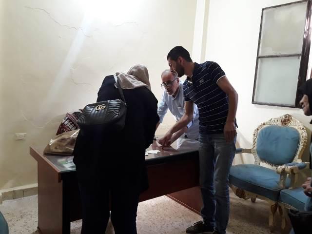 اللجنة الاجتماعية للجبهة الشعبية لتحرير فلسطين، في منطقة صيدا توزع حصص غذائية