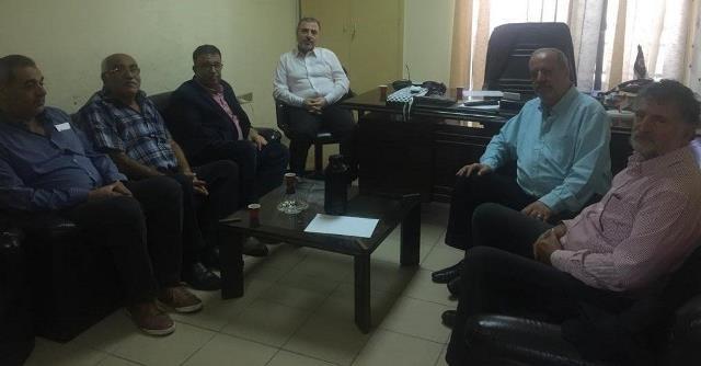 القومي والجبهة الشعبية: أكدا  وحدة الصف بين مختلف القوى الفلسطينية لمواجهة