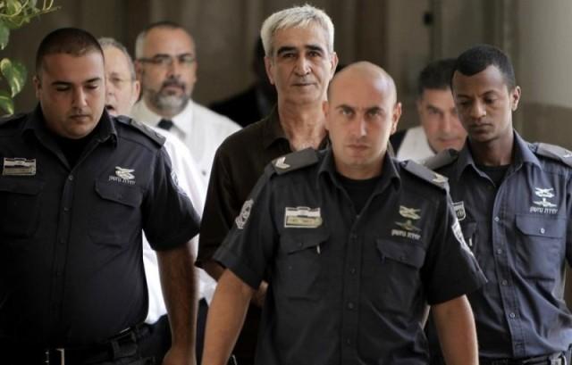 10 سنوات على محاكمة القائد أحمد سعدات