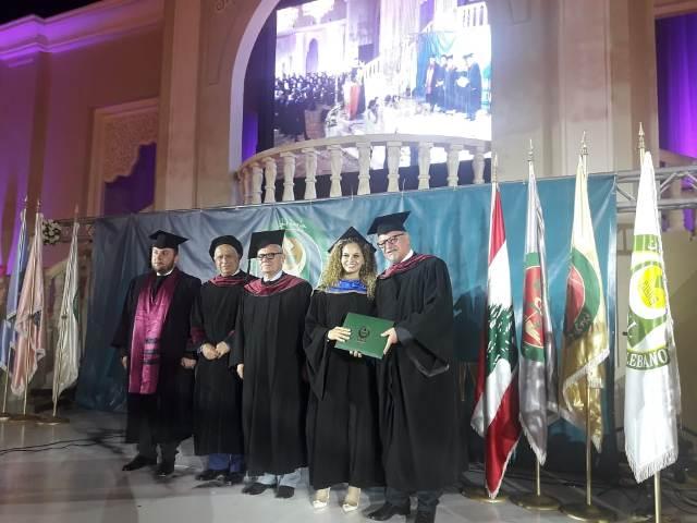 جامعة الجنان في صيدا تخرج دفعة من طلابها