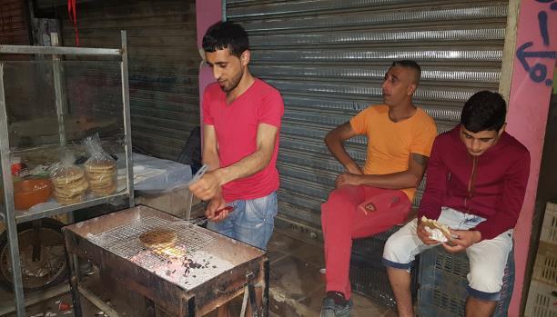 كعكة طرابلسية في رمضان عين الحلوة