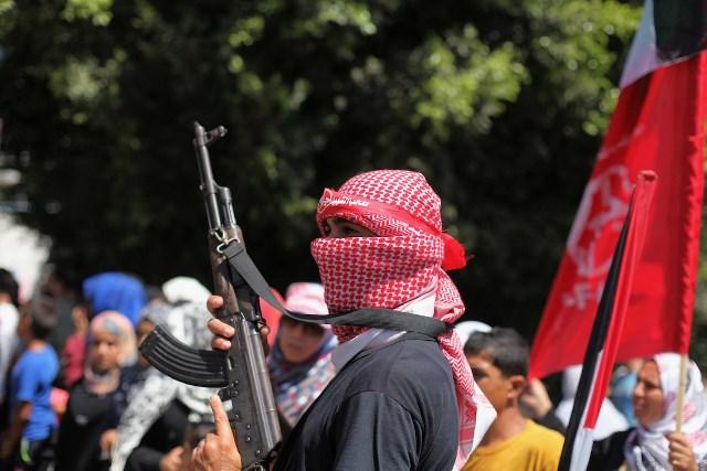 كتائب الشهيد أبو علي مصطفى: الجريمة الأمريكية تتوجب ردًا شاملاً من محور المقاومة