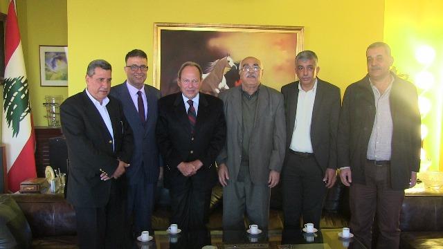 الشعبية تلتقي فخامة الرئيس العماد إميل لحود