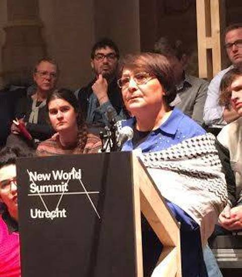 ليلى خالد أمام قمة العالم الجديد: من حق الشعوب مقاومة الاحتلال والاستغلال