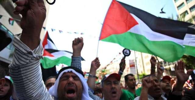 المخيمات الفلسطينية في لبنان تخرج في تظاهرات دعماً للقدس