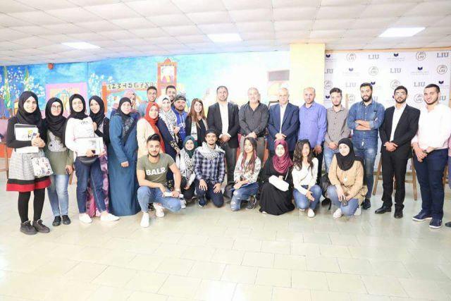 الحملة الدولية تنظم فاعلية تضامنية مع الأسرى في جامعة LIU صيدا
