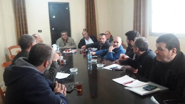 لجنة المتابعة الميدانية، واللجنة الشعبية عقدت اجتماعا مع السيد سيمون المهندس