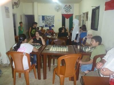 الملتقى الفلسطيني للشطرنج يفتتح دورة تعليم في الشطرنج