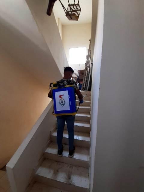 منظمة الشبيبة الفلسطينية تعقم مكتب الشعبية بمخيم مار الياس
