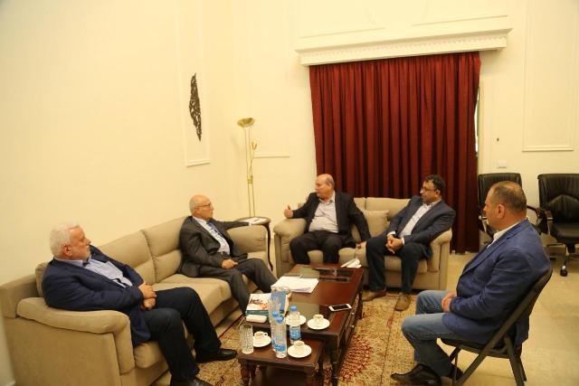 شعث يلتقي وفداً من الجبهة الشعبية لتحرير فلسطين