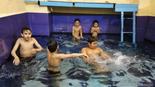 مسبح في منزل بمخيم عين الحلوة
