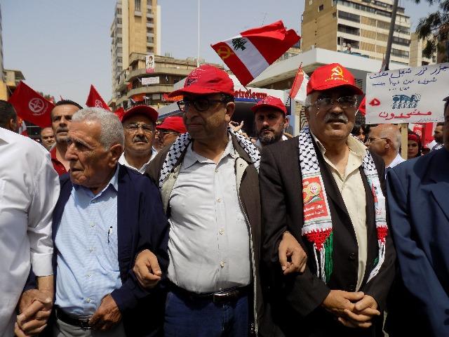غريب في مسيرة عيد العمال: الانتخابات فرصتكم لمحاسبة المسؤولين الفاسدين وليس لإعادة انتخابهم