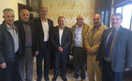 اللجان الشعبية تلتقي رئيس بلدية المحمرة