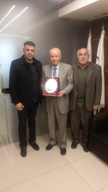 الشعبية تكرم الوزير الأستاذ عبد الرحيم مراد