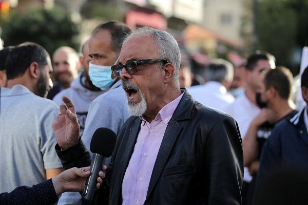 الاحتلال يعتقل القيادي في الجبهة الشعبية ناصر أبو خضير