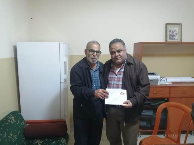 اللجان العمالية الشعبية الفلسطينية تجول على المؤسسات في عين الحلوة مهنئة بيوم العمال