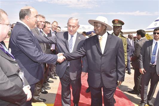 نتنياهو يدخل أفريقيا كفاتح! غياب النفوذ العربي واستحضار عملية عنتيبي