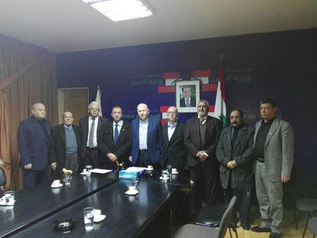 الاتحاد العام لنقابات عمال فلسطين في لبنان يزور معالي الوزير محمد كبارة