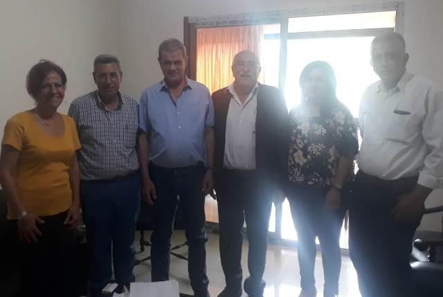 وفد من الجبهة الشعبية لتحرير فلسطين يزور مؤسس حركة الشعب الأستاذ نجاح واكيم