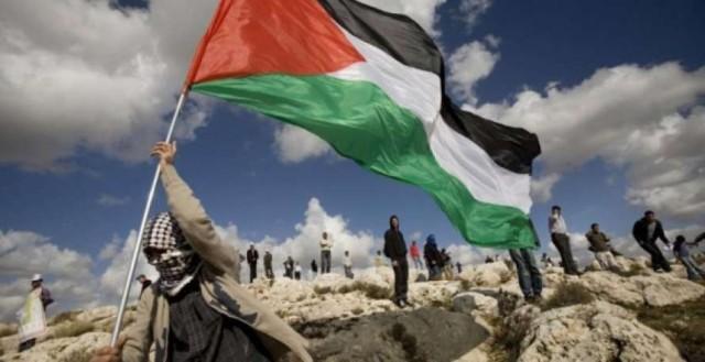 مبدعون فلسطينيون لـ