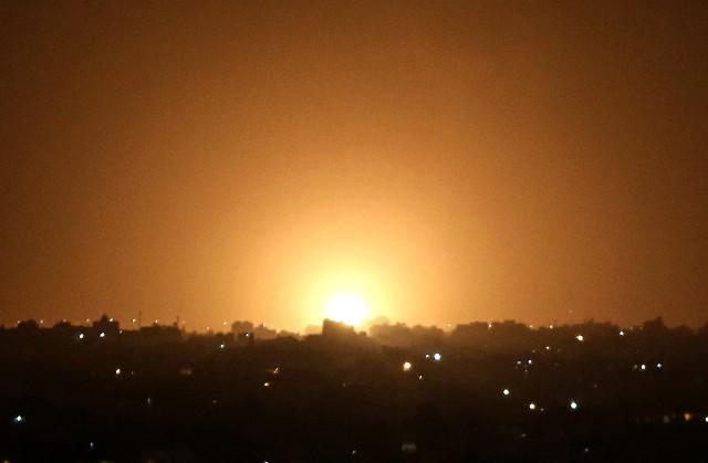 عدّة غارات صهيونية على مناطق متفرقة بقطاع غزة