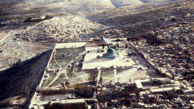 زيدان كفافي.. القدس بين التوراة وعلم الآثار