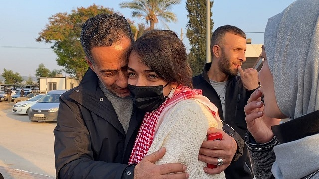 الأسيرة المحررة ميس أبو غوش: هكذا تعيش الأسيرات الأجواء الرمضانيّة رغم المعاناة الكبيرة