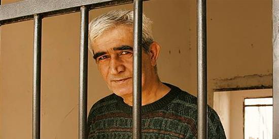 أحمد سعدات يدخل معركة الإضراب عن الطعام