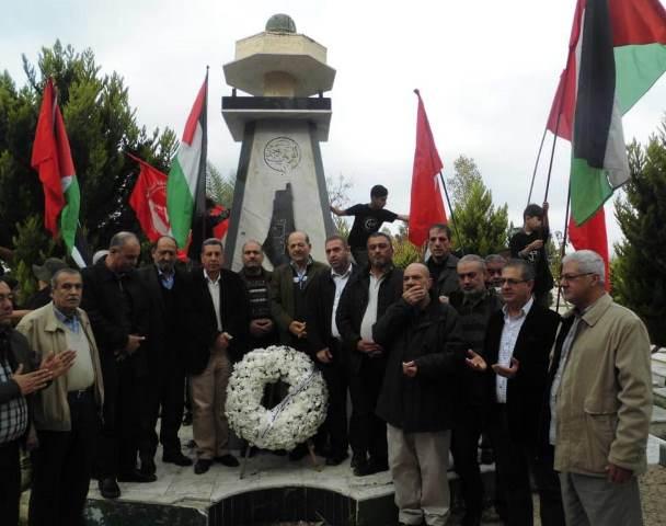 مسيرة حاشدة لزيارة أضرحة الشهداء في مقبرة درب السيم