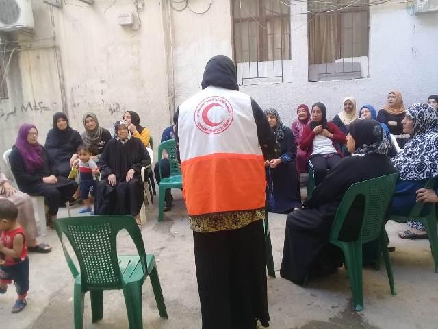 لجان المرأة الشعبية الفلسطينية في منطقة صيدا تقيم ندوة صحيّة