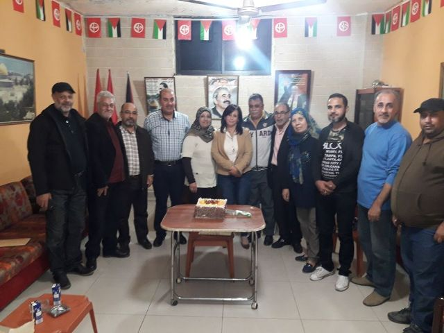 قيادة الجبهة الشعبية في منطقة صيدا تكرم الدكتورة انتصار الدّنّان