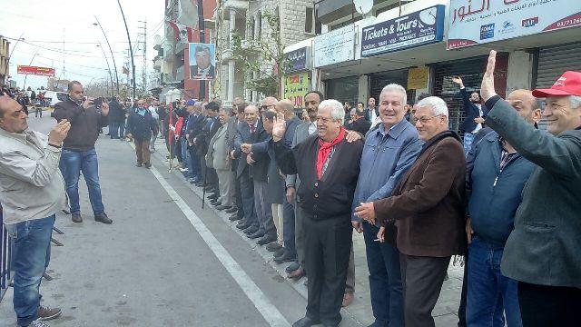 الشعبية في صيدا تشارك في مسيرة الوفاء للشهيد معروف سعد