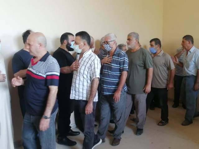 الشعبية ومنظمة المعلمين تشاركان في تشييع الأستاذ خالد خليل صالح