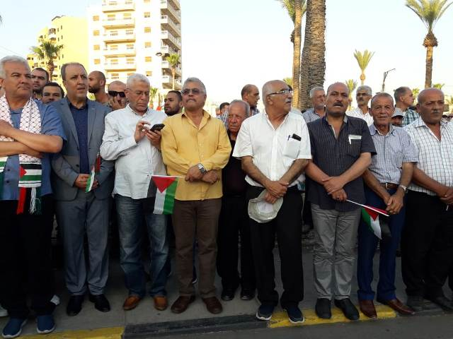 الشعبية تشارك في مسيرة صيدا التي دعا إليها التنظيم الشعبي الناصري  احتجاجًا على قرار وزير العمل اللبناني