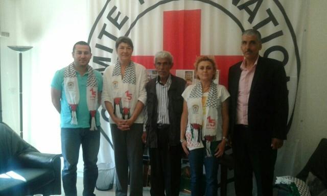 اللجان الشعبية تكرم الصليب الأحمر الدولي في طرابلس