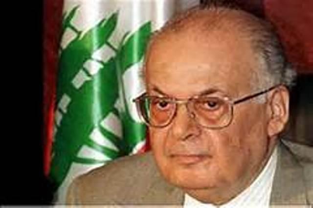 رئيس الحكومة اللبنانية الأسبق الدكتور سليم الحص يوجه