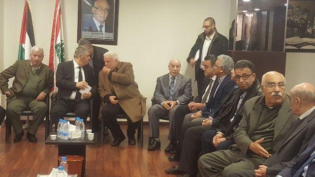 وفد قيادي من الجبهة الشعبية لتحرير فلسطين يقدم التعازي بالمناضل عاطف دبور