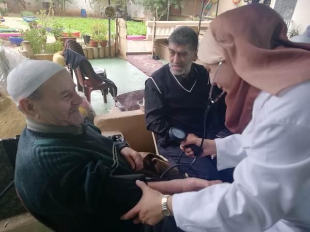 اللجنة الاجتماعية ومركز الشفاء الطبي في زيارة لدار الشيخوخة في نهر البارد