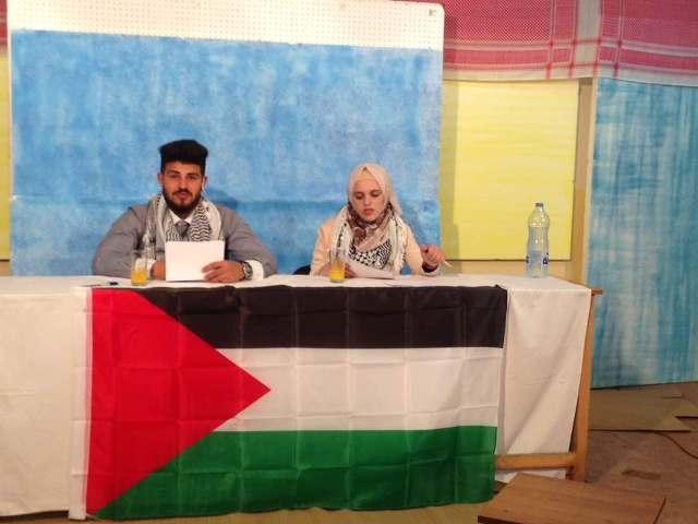 منظمة الشبيبة الفلسطينية في مخيم البداوي تتضامن مع الأسرى المضربين عن الطعام