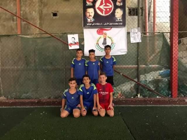 منظمة الشبيبة الفلسطينية تفتتح دورة الشهيد (أبو علي مصطفى) الرياضية للأشبال في مخيم نهرالبارد