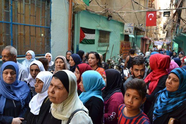 اعتصام رمزي للجنة الشعبية في مخيم شاتيلا دعمًا لوكالة الأونروا