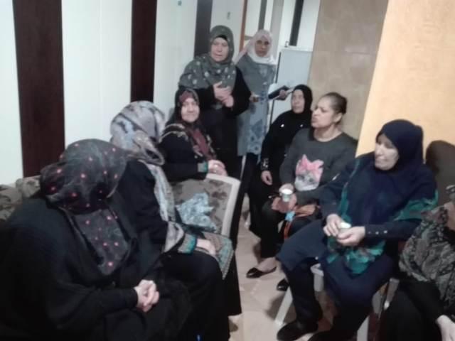لجان المرأة الفلسطينية تقيم ندوة صحية في مخيم البص