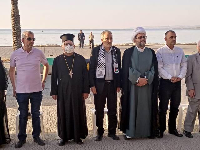 تحت عنوان: تحية من صور المقاومة إلى فلسطين العزة والكرامة ملتقى الجمعيات الأهلية في صور أحيا عيد المقاومة  والتحرير