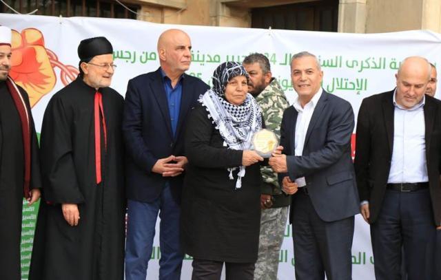 ملتقى الجمعيات الأهلية في صور يكرم  عكاوي والأحمد وكوكبة من الأسرى المحررين