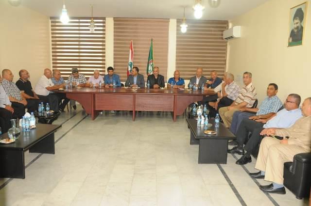 الأحزاب اللبنانية والقوى الفلسطينية الوطنية والإسلامية عقدت اجتماعًا في مقر قيادة حركة أمل- إقليم جبل عامل في مدينة صور