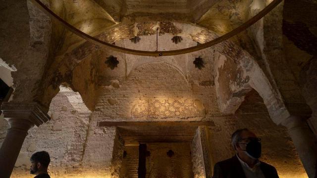 الكشف عن حمّام إسلامي من القرن الـ12 في إحدى حانات إشبيلية